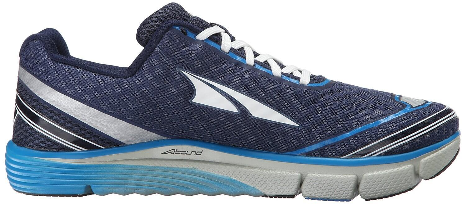 the low profile of the Altra Torin 2.0 allows for natural freedom of movement while on a run
