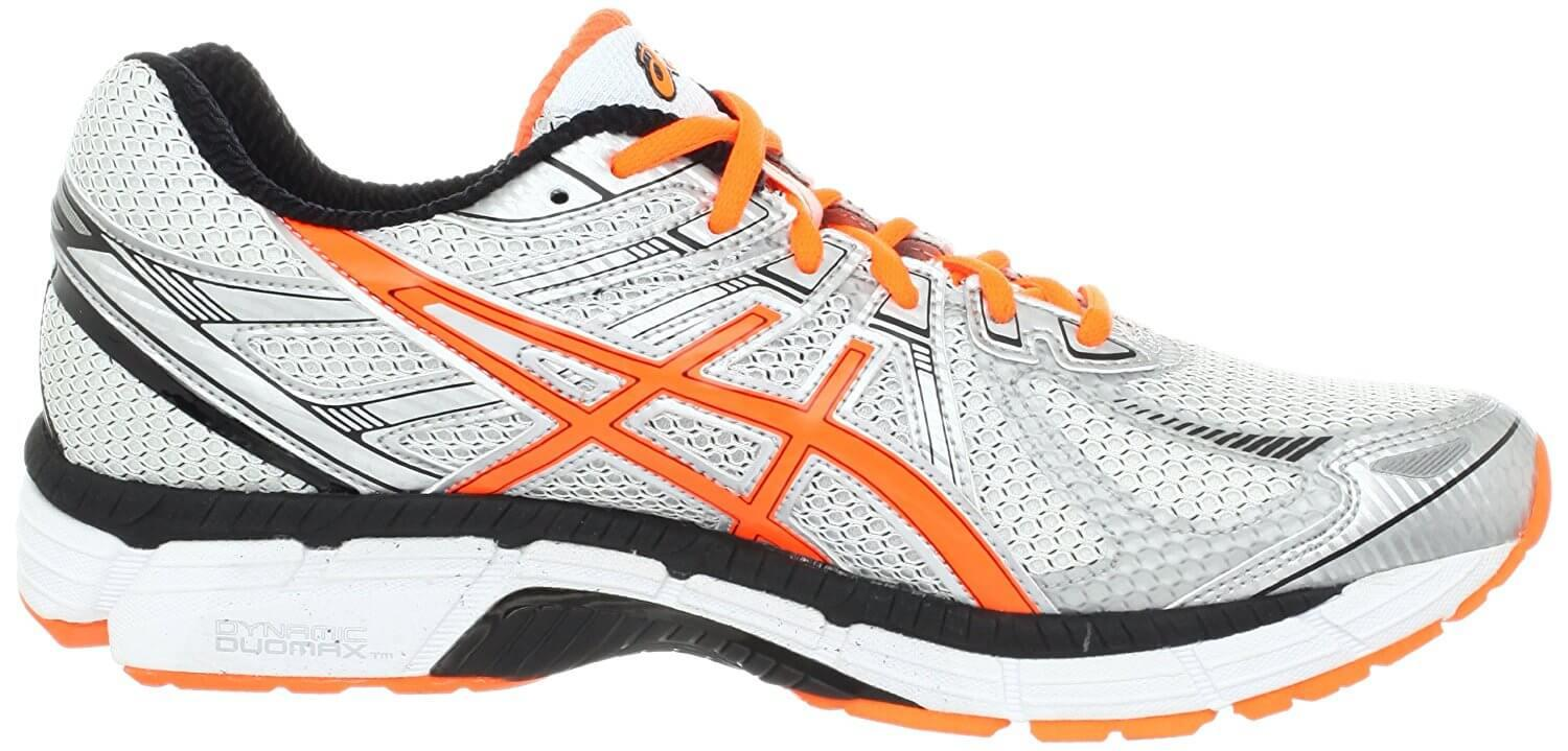 ASICS GT2000 4 left to right view