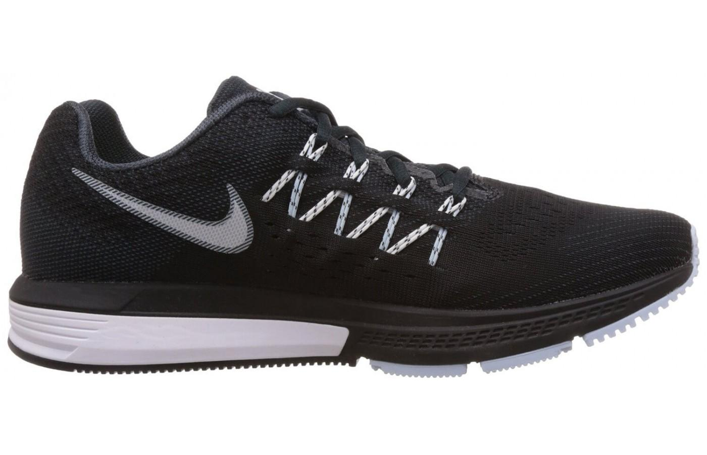Nike Air Zoom Vomero 10 has a midsole made of lightweight Cushlon foam.