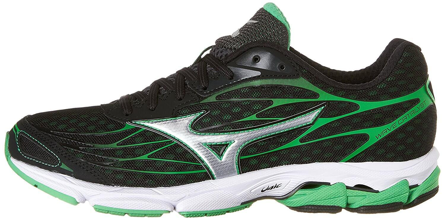 49a0dfaeea The style of the Mizuno Wave Catalyst is a reflection of Japanese athletics  aesthetics.