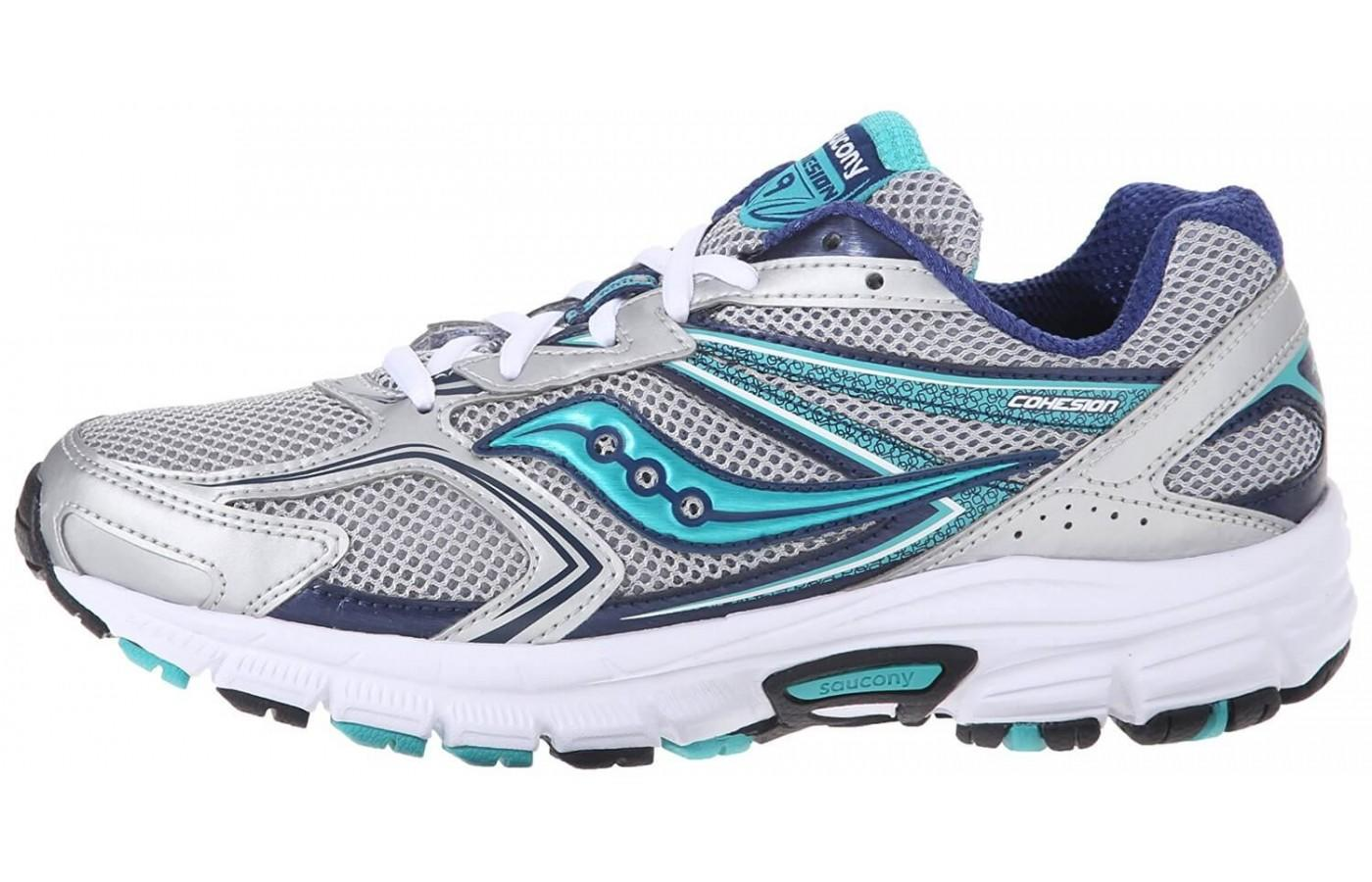 Despite its high heel drop, the Saucony Cohesion 9 is highly flexible.