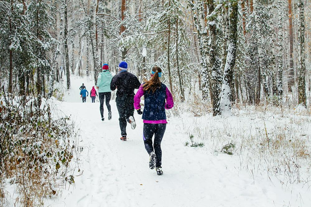 layers-winter-running-featured