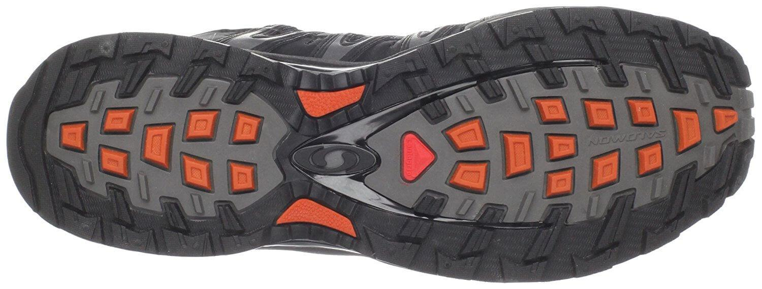 the traction of the Salomon XA Pro 3D Ultra 2 GTX offers tenacious grip and great traction when on the trail
