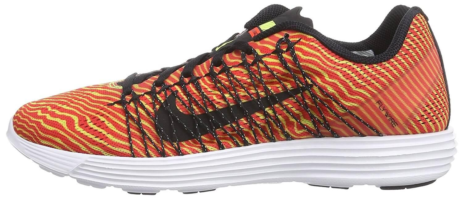the low profile and great cushioning in the Nike LunaRacer 3 makes it a very comfortable trainer