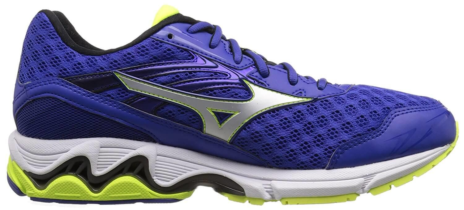 the Mizuno Wave Inspire 12 has a low profile and a high amount of responsiveness during a run