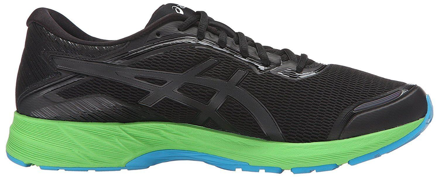 the Asics Dynaflyte is a low-cut trainer that allows for maximum movement during a ride