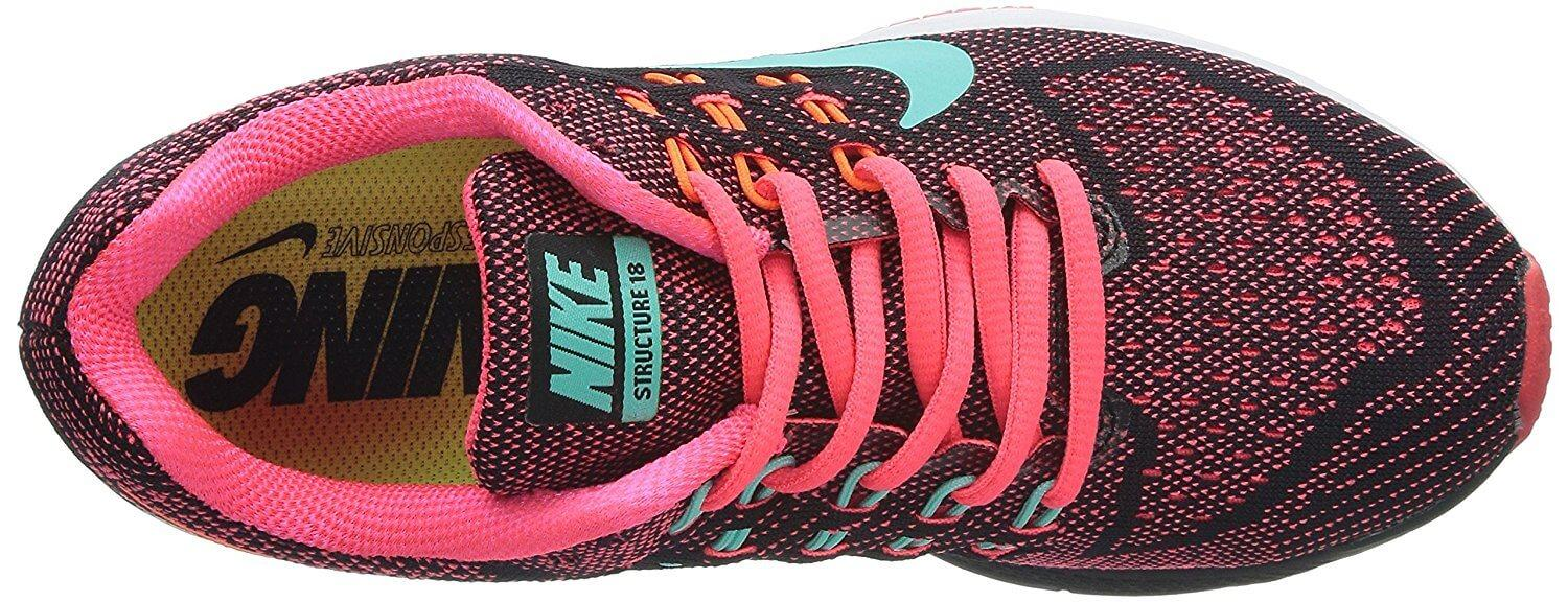 FlyKnit material on the Nike Air Zoom Structure 18's upper provides style and breathability.
