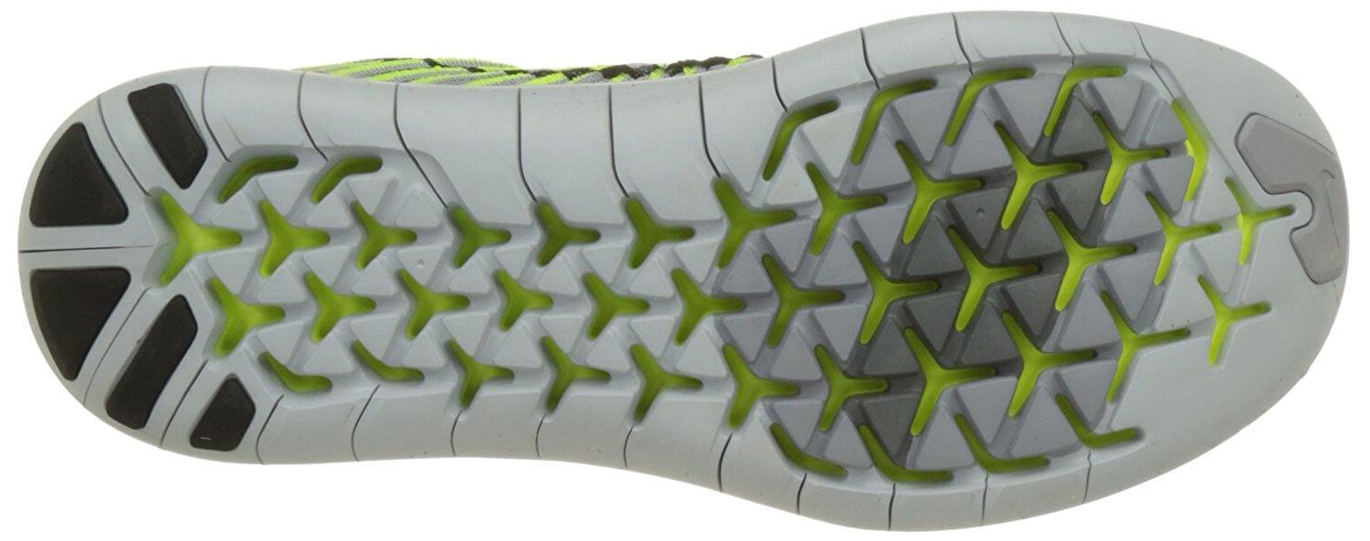 The Nike Free RN Motion Flyknit uses an auxetic outsole pattern.