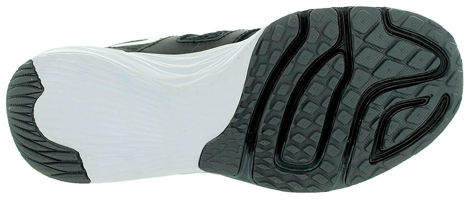 e626116fe14 ... Flex grooves along the Nike Tri Fusion outsole improve its flexibility.