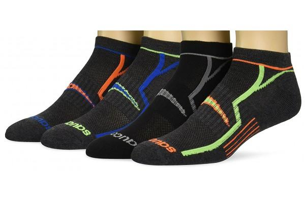 10 Best Socks for Sweaty Feet compared and smelled!