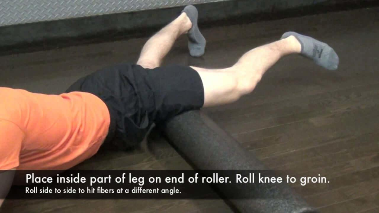 groin-injury-foam-roll-stretch