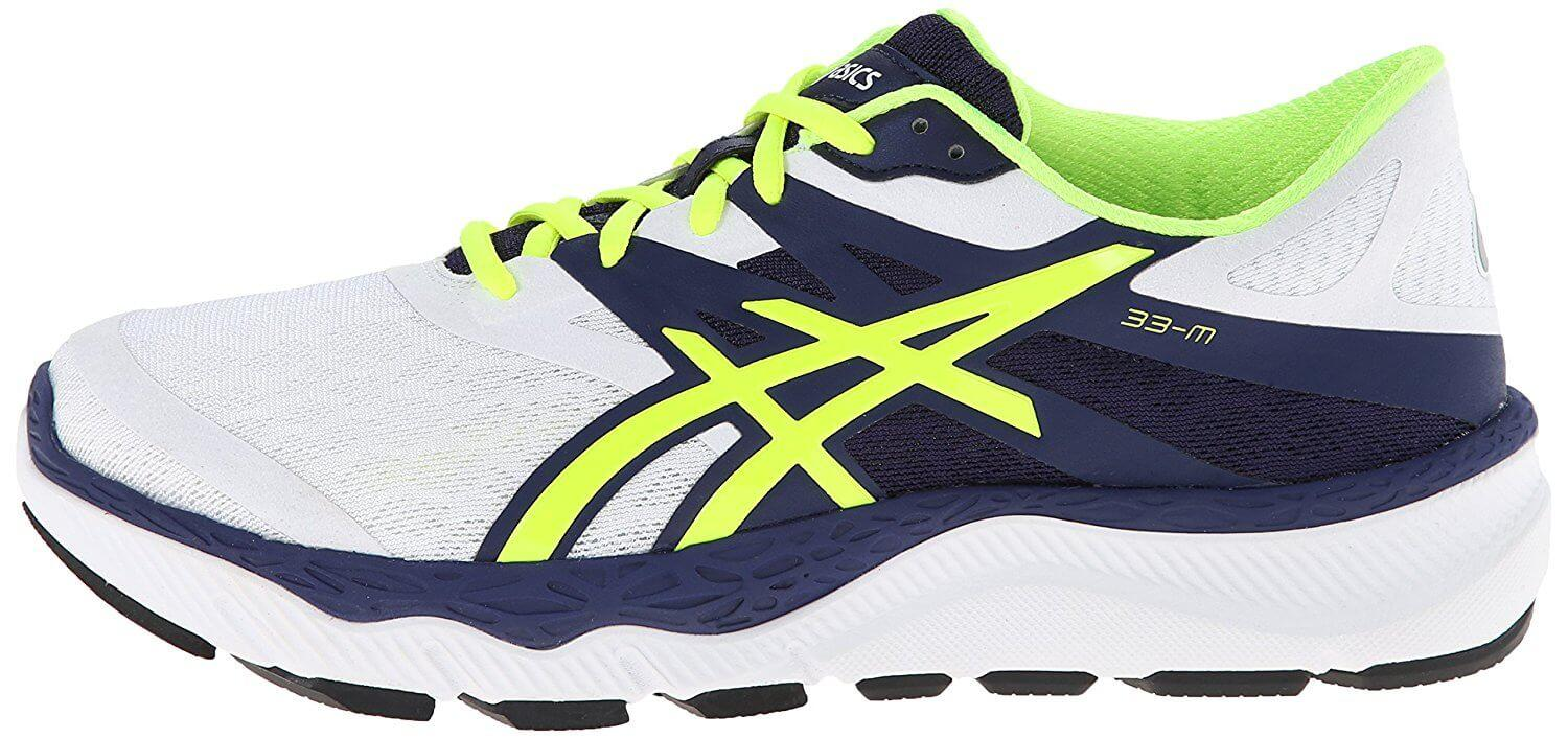 A right to left view of the Asics 33 M