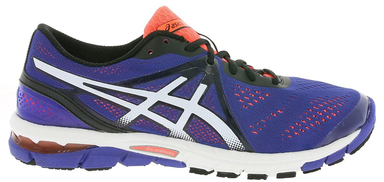 new concept f093c 4d775 ... A side view of the Asics Gel Excel33 ...