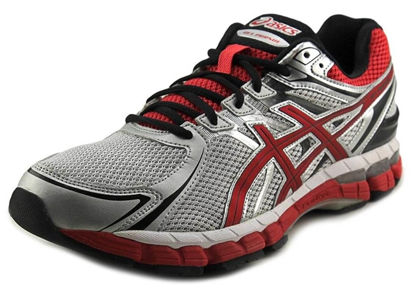 A three quarter view of the Asics Gel Pursue 2