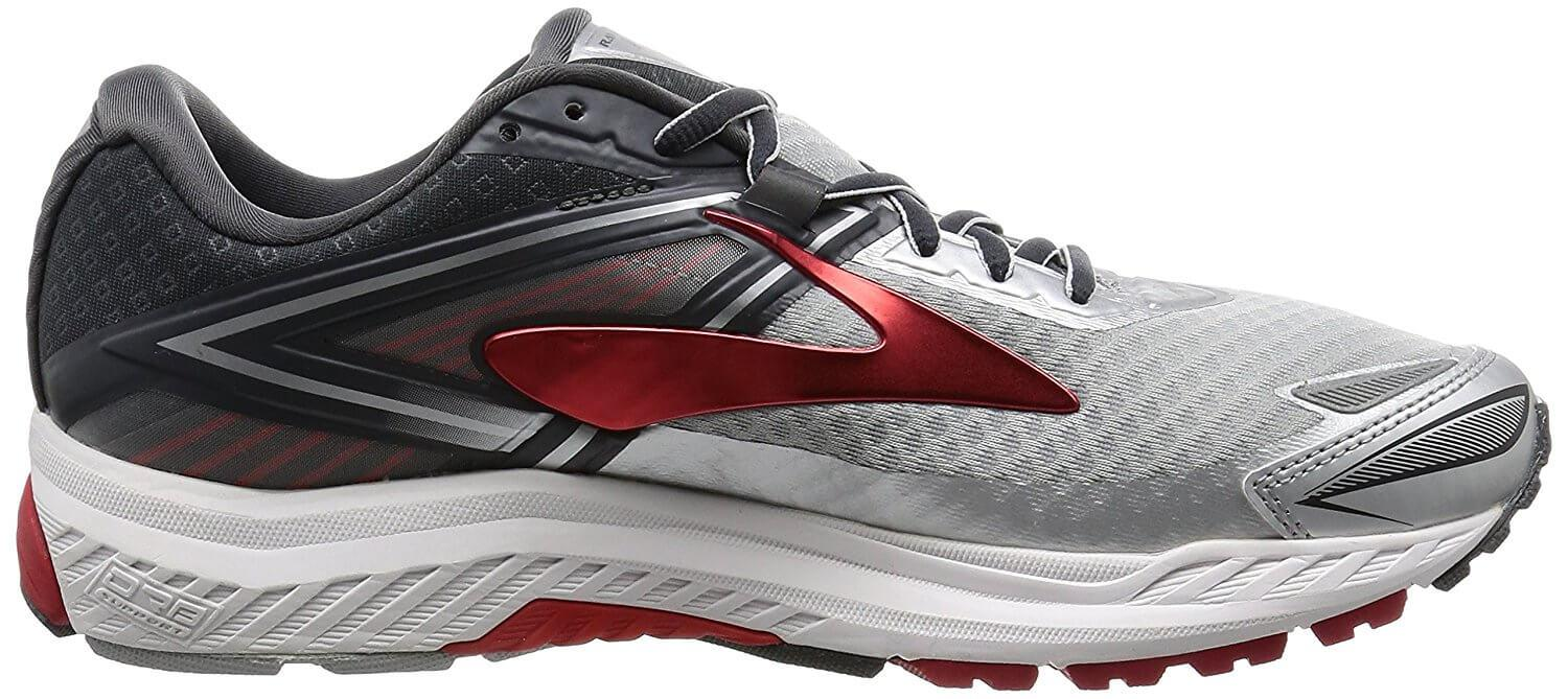 A medial side view of the Brooks Ravenna 8 runnning shoe
