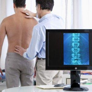 Herniated-Disc-back-examination