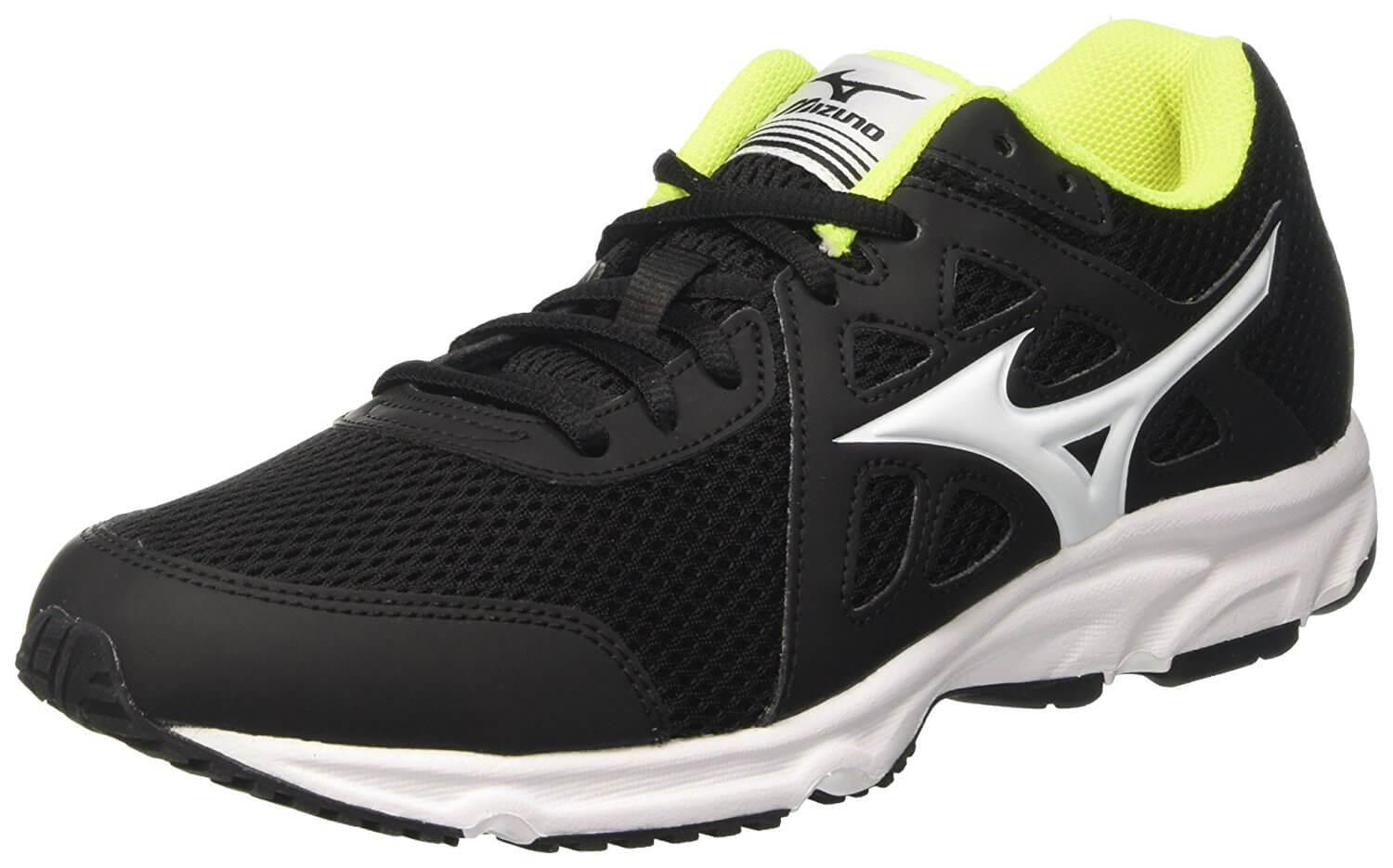 Mizuno Spark. Crossed