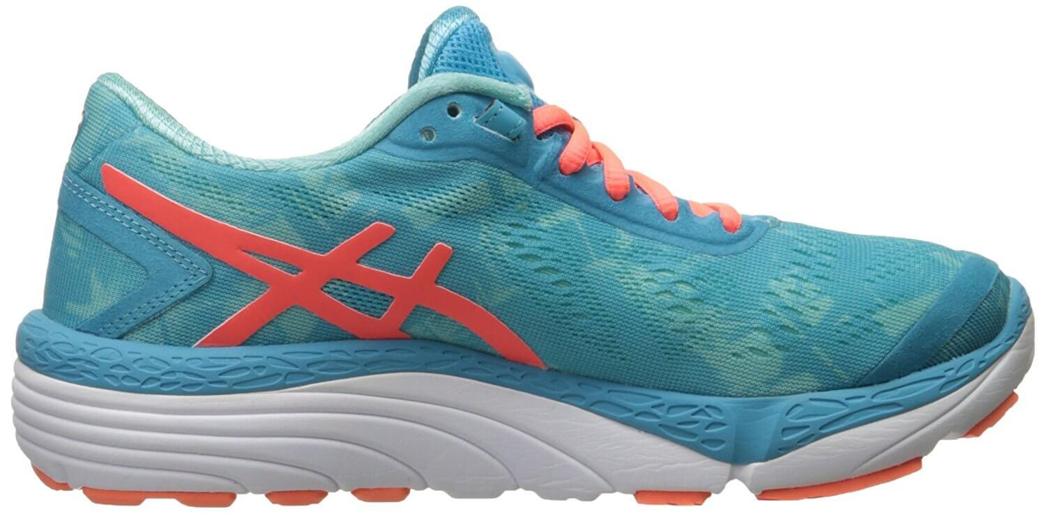 Asics 33-M 2 left to right