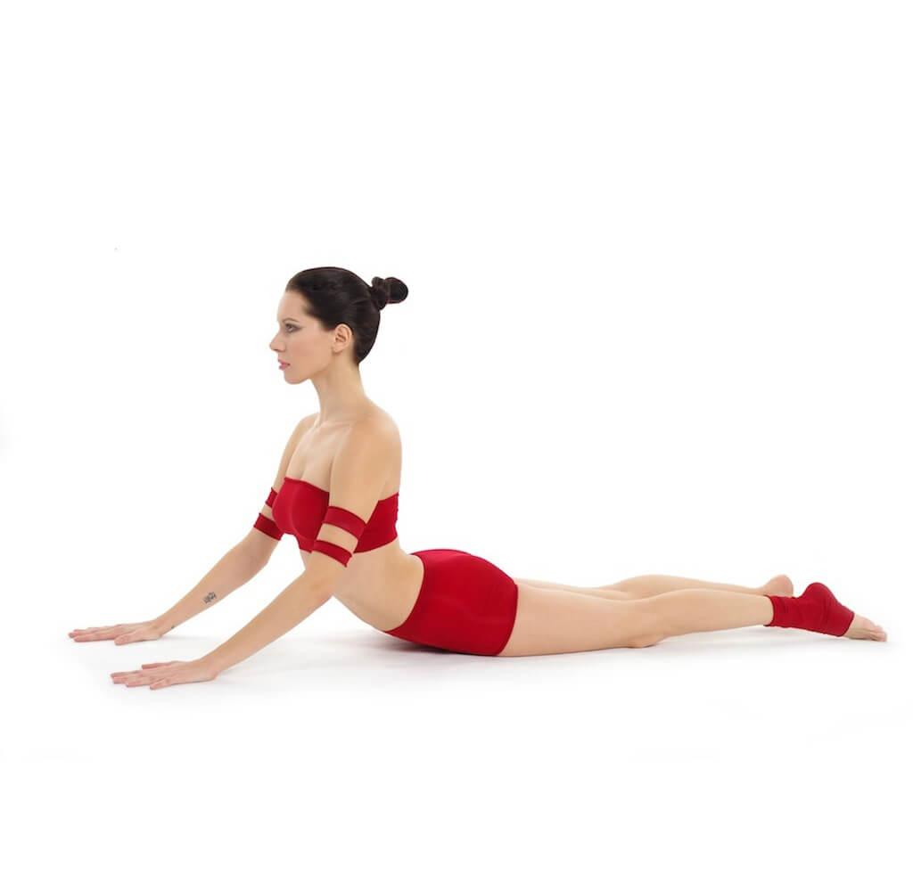 cobra-Bhujangasana-Yoga-pose-sacroiliac-joint-injury