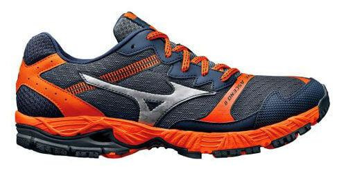 Mizuno Wave Ascend 8 left to right