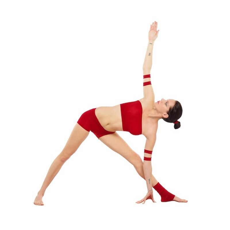 triangle-Trikonasana-Yoga-SI-joint-injury