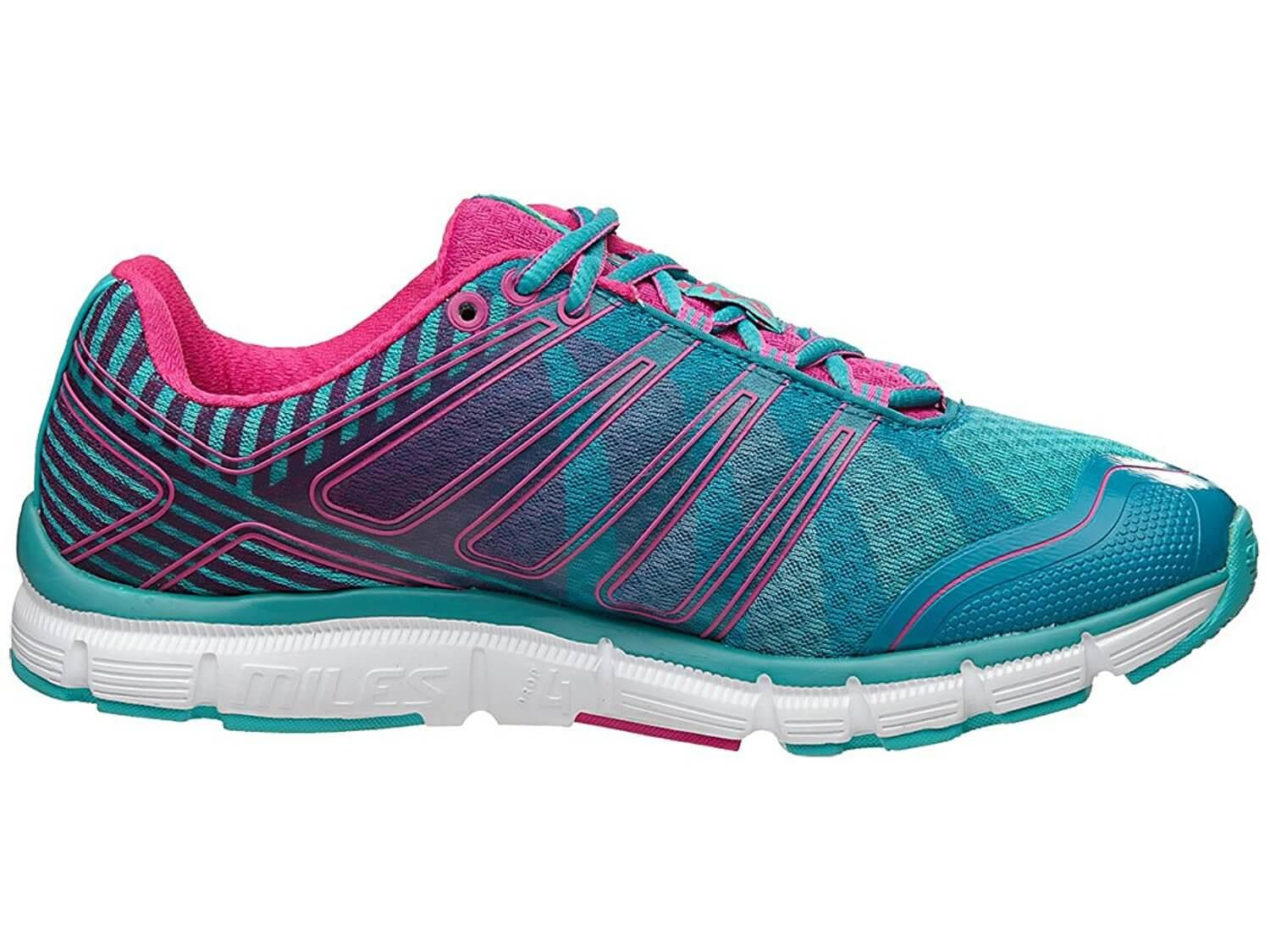 The Salming Miles provides great traction on the road and even treadmills