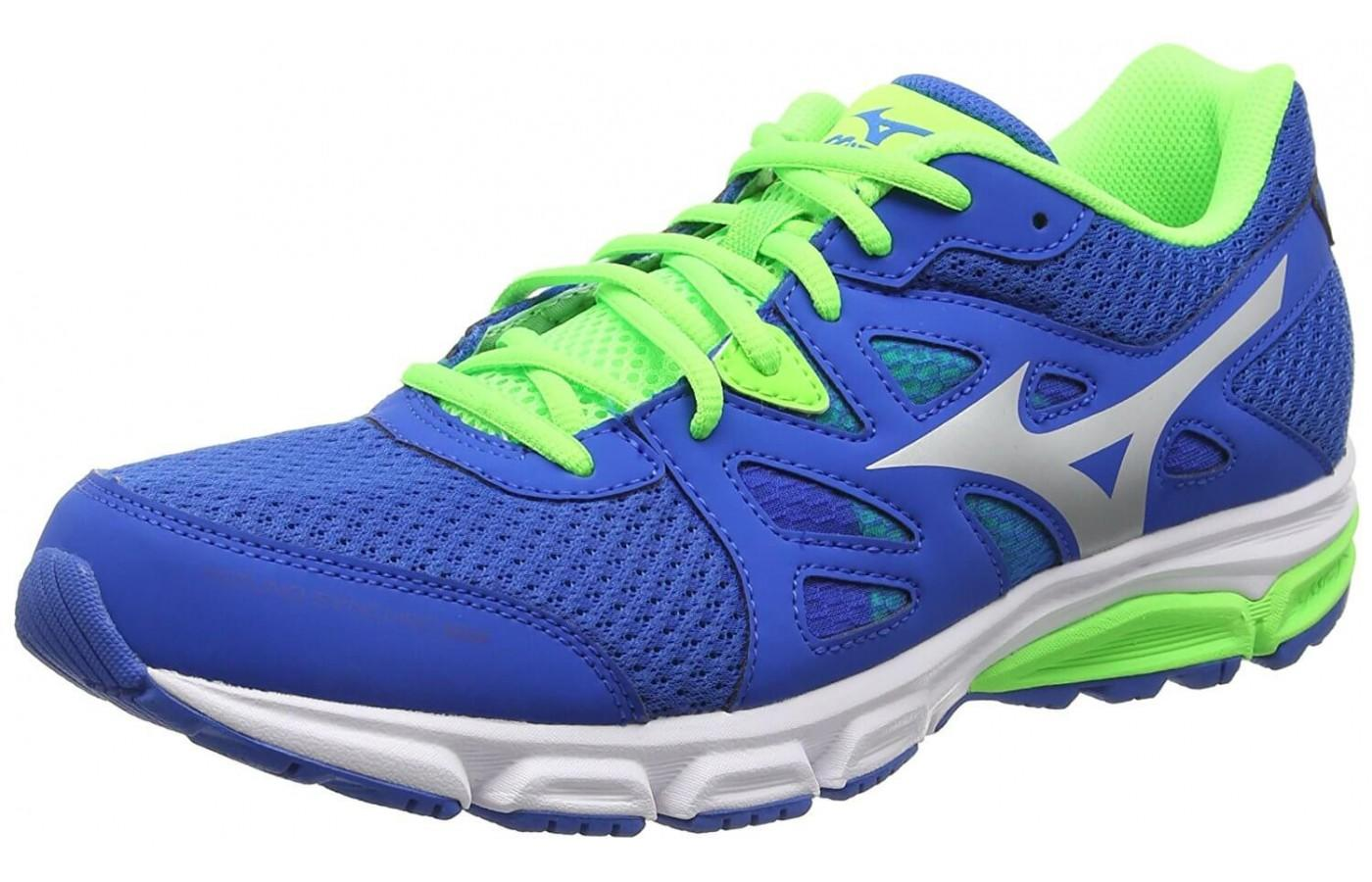 Mizuno Synchro MD has a distinctive look