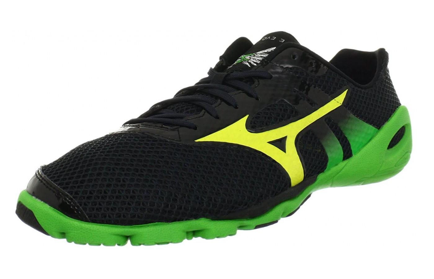 Mizuno Wave Evo Levitas has a distinct look