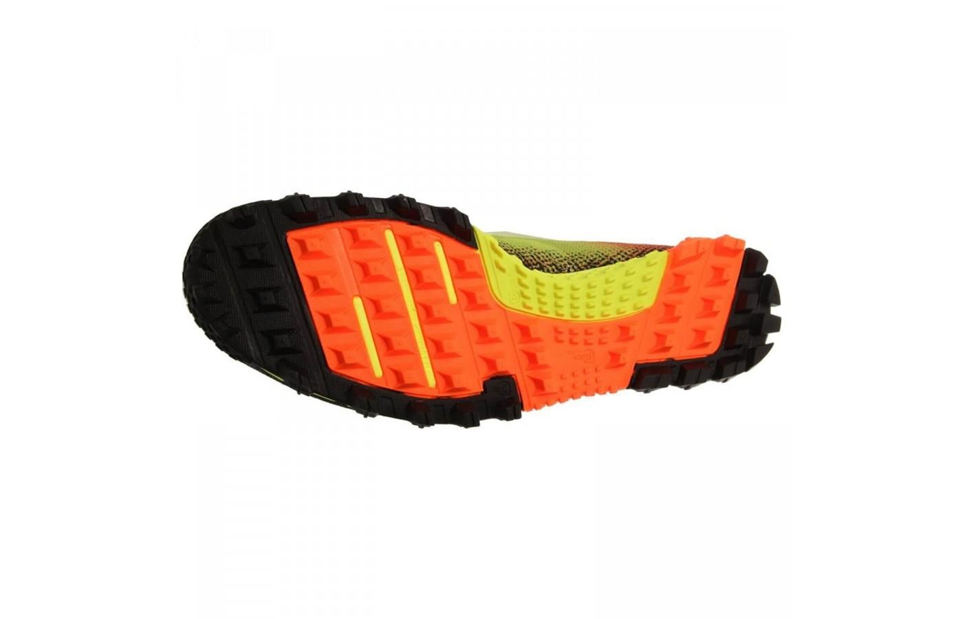 d7f7c01bddd438 The square lugs and midfoot rock guard are two key features of the Reebok  All Terrain