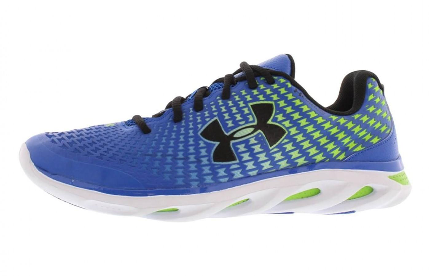 The Under Armour Spine Clutch sideview with logo
