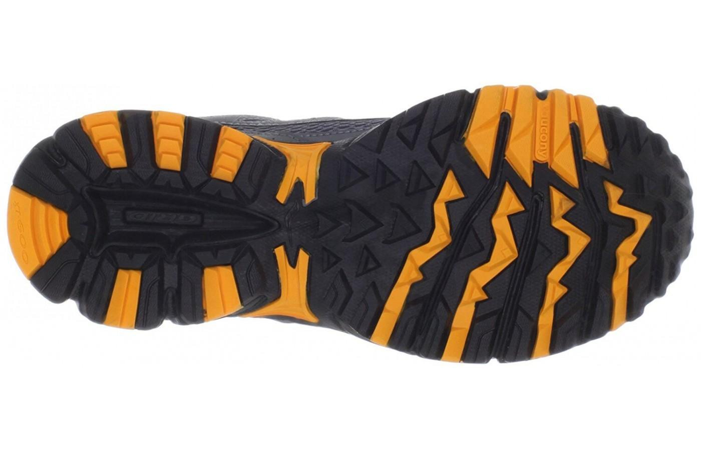 This outsole give the runners protection and grip, but keeps it on the light side.