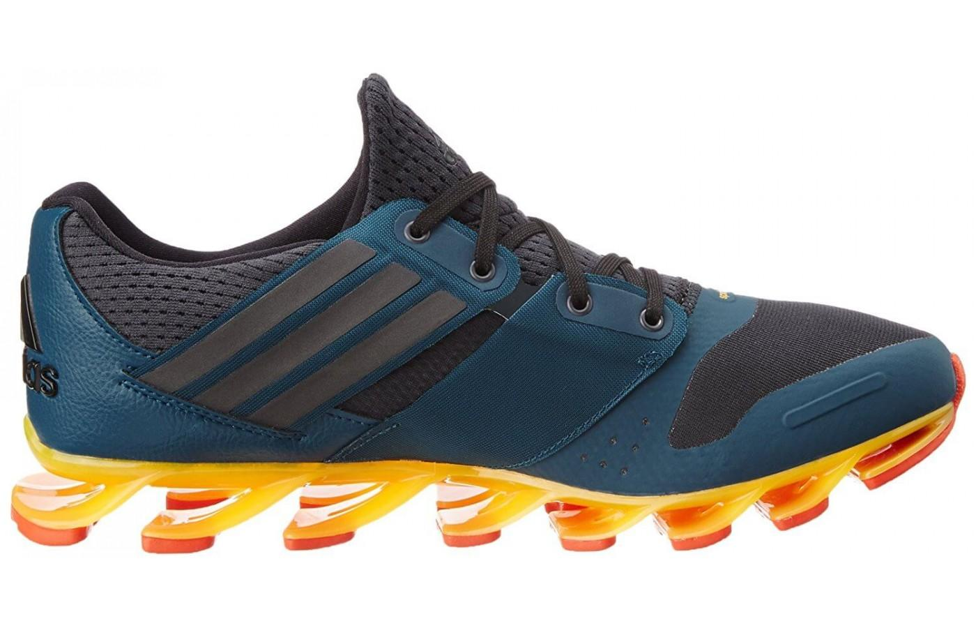 Unique outsole engineering of the Adidas Springblade solyce