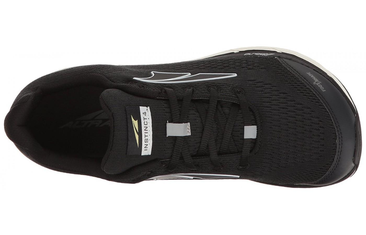 The mesh upper of the Instinct 4 is very breathable