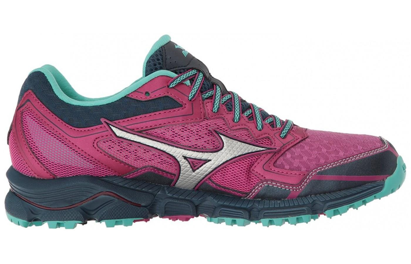 Mizuno Wave Daichi 2 features wave construction