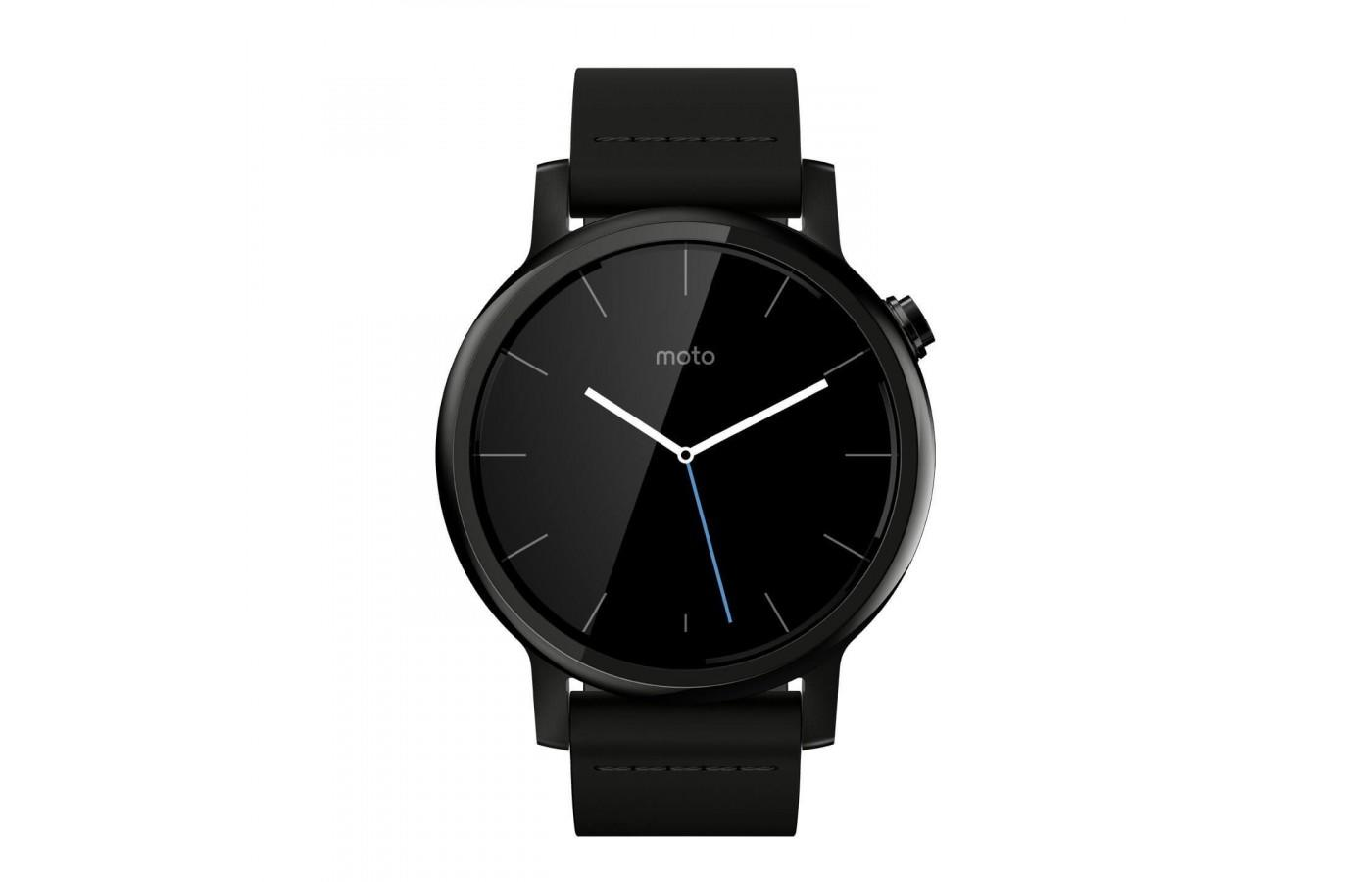 the Motorola Moto 360 (2nd Gen) has a large display