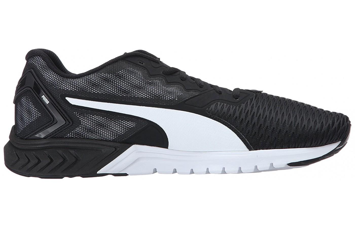 huge discount dd1c4 62586 ... the Puma Ignite Dual to the right ...