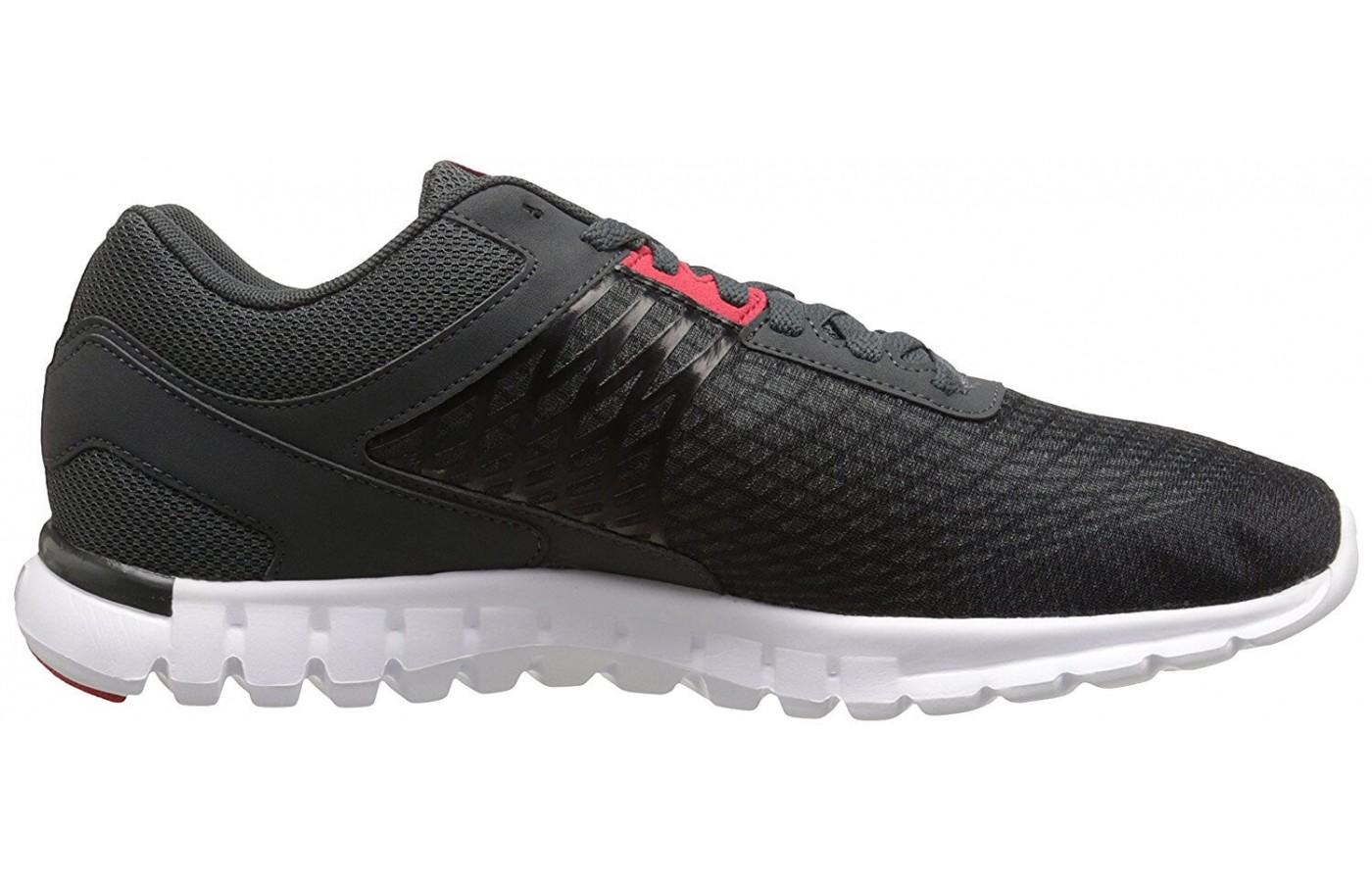 The upper is made of breathable mesh and the midsole is constructed using Sublite foam for added comfort