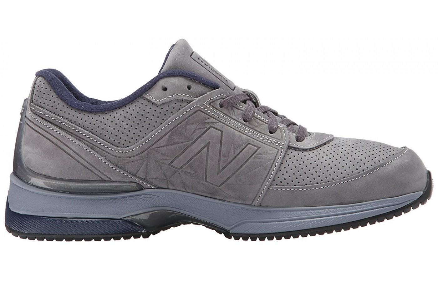 Sideview of the New Balance 2040 v3