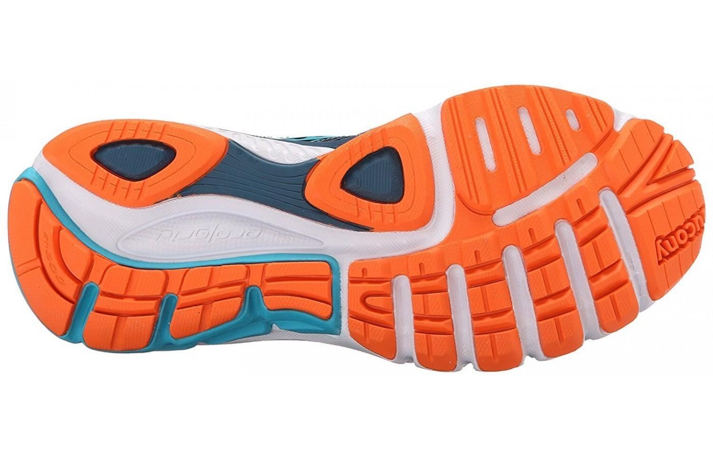 Saucony Lancer 2 outsole features flex grooves