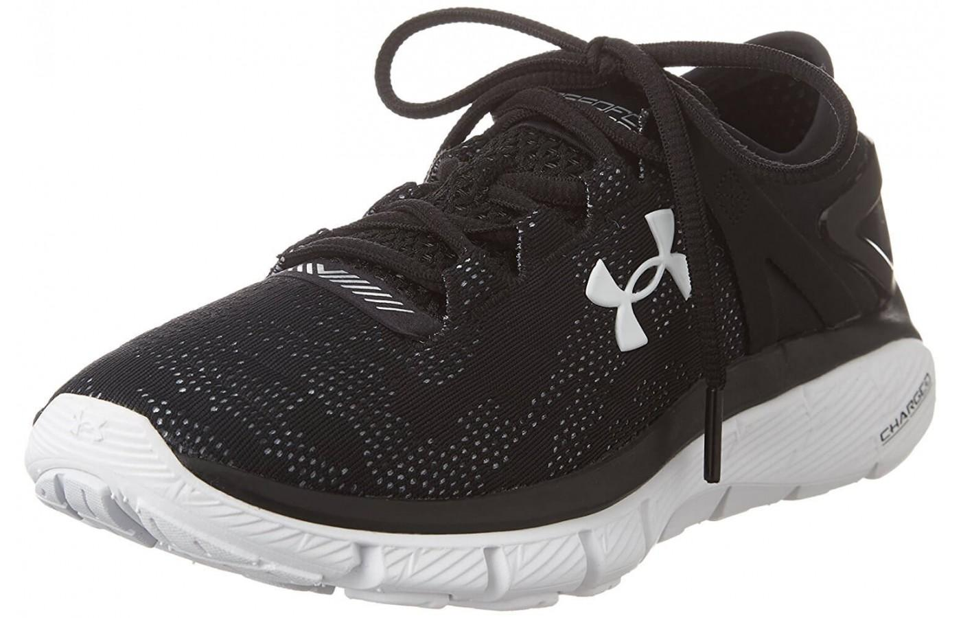 the eye-catching and comfortable Under Armour SpeedForm Fortis Vent at an angle