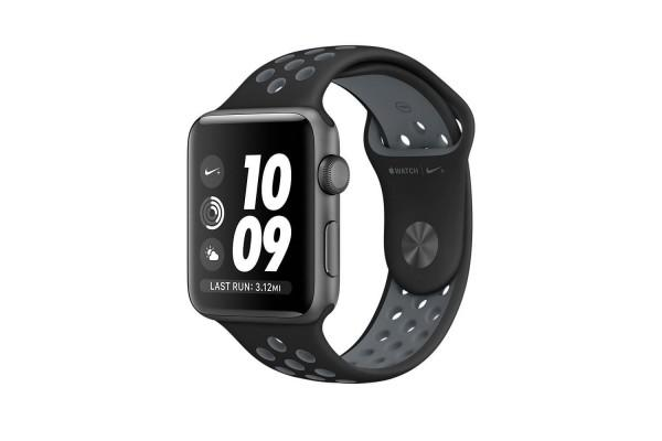 An in depth review of the Apple Watch Nike+