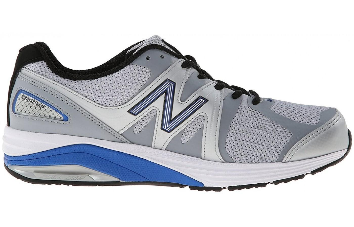 the New Balance 1540 v2's thick midsole gives stability and cushioning