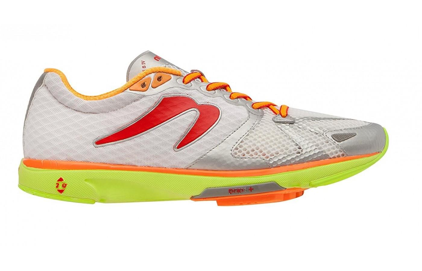 Newton Distance S IV is adorned with bright colors