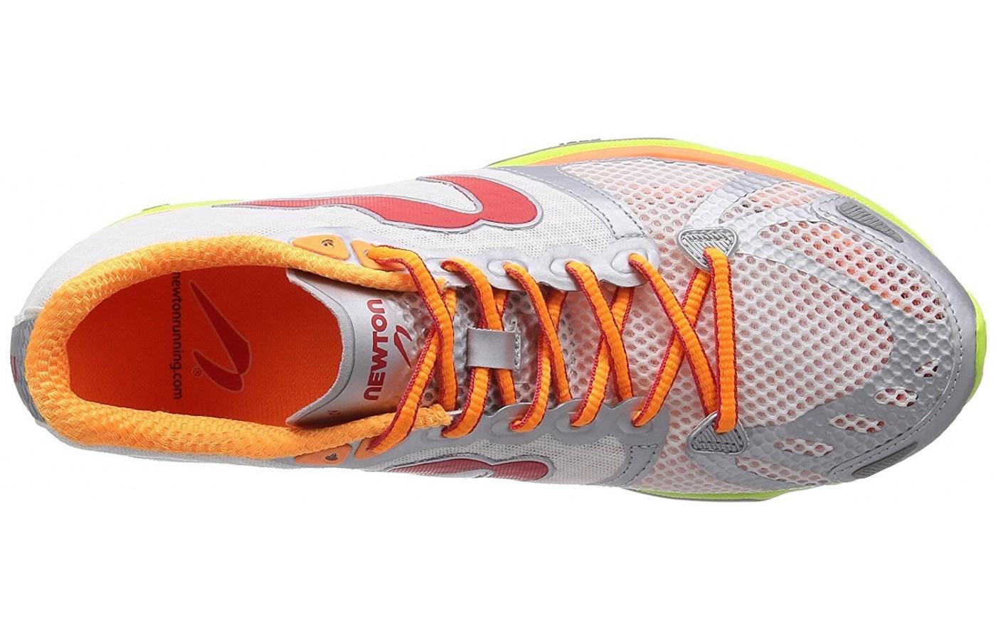 Newton Distance S IV features bright orange laces