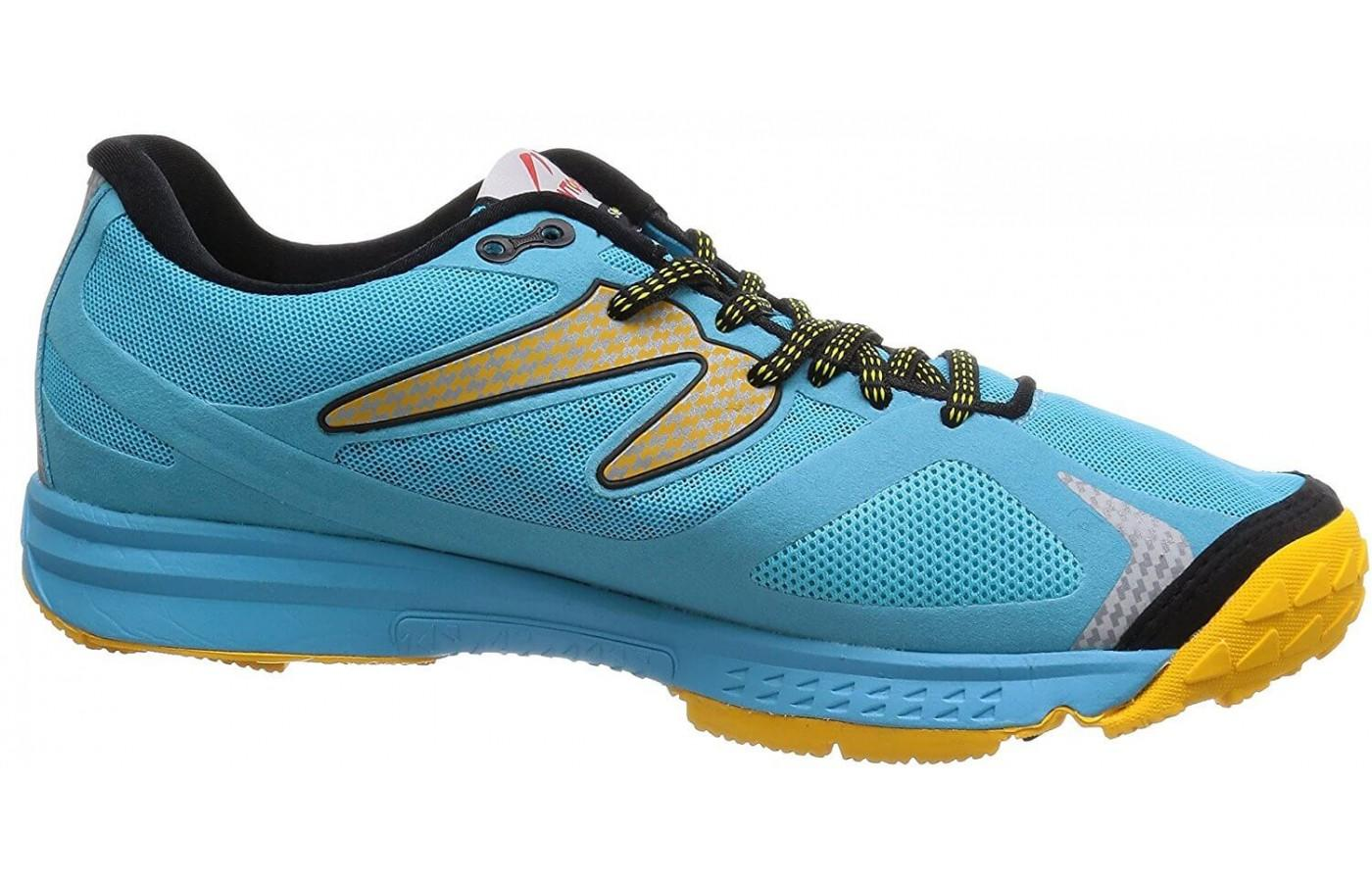 the Newton BoCo Sol is a stylish all-terrain trainer