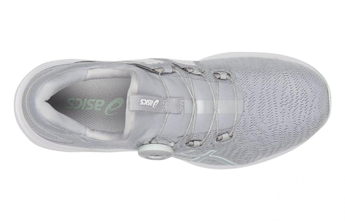 The Asics Dynamis uses seamless construction to reduce the risk of irritation