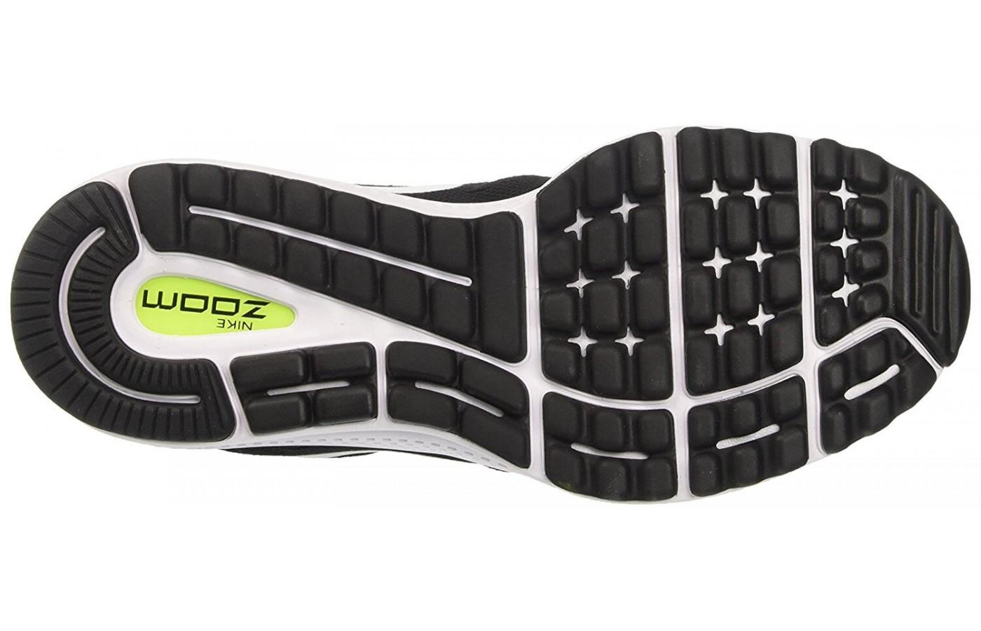 13388336d092 ... The outsole of the Nike Air Zoom Vomero 12 uses two kinds of rubber and  a ...