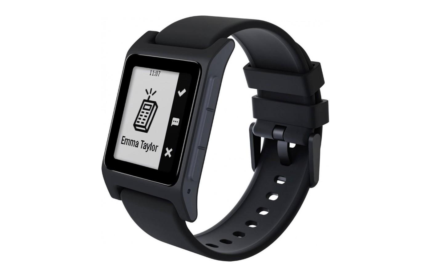 Pebble 2 SE has a sleek design