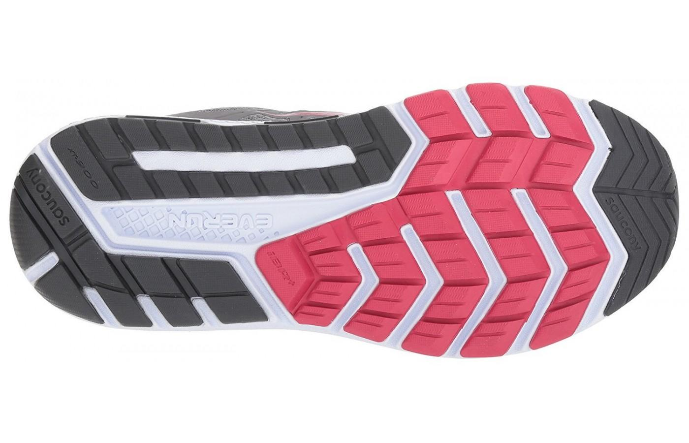 The Saucony Echelon 6's outsole has good ground contact and flexibility