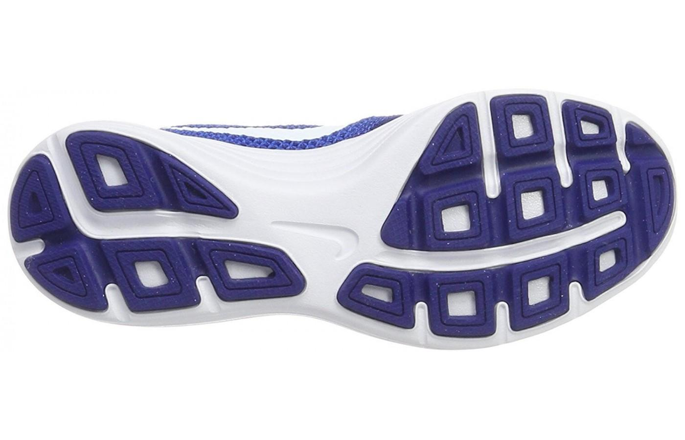 8583c95e2a03 ... The Nike Revolution 3 has a rubber outsole with Flex Grooves ...